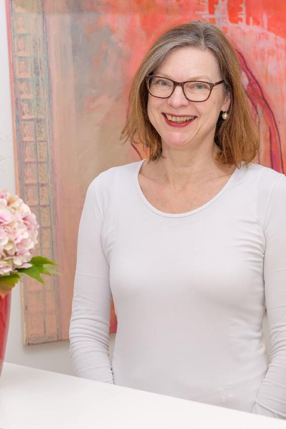 Frauenärztin Dr. Annette Beushausen